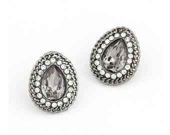 Freda - Grey statment earrings