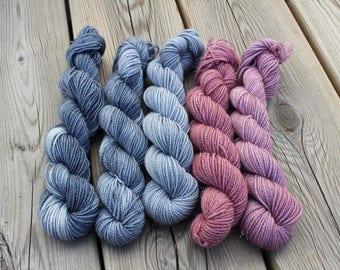 Set of 5*20 gr Mini Skeins. 75/20/5% Wool/Nylon/Stellina