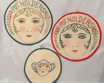 Vintage Pot Holders Featuring Women's Faces - Delightfully Quirky - Set of 3
