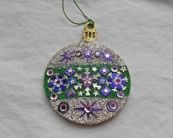 Round Ornament 1