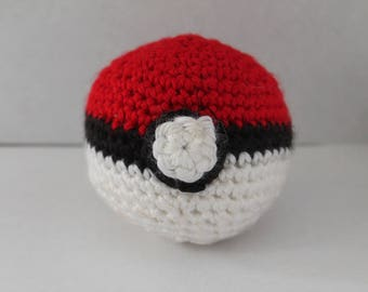 Crochet Poke Ball