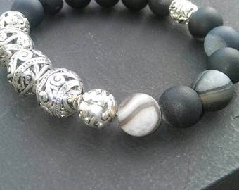 Black and gray stone beads
