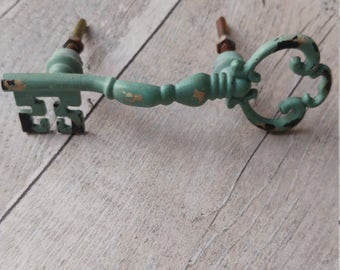 Shabby Chic Key Furniture Knob/Handle