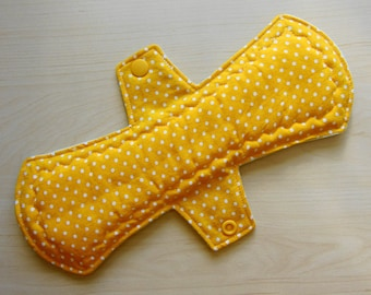 "10"" Cloth Pad Heavy Absorbency"