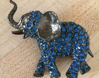 Blue Rhinestone Elephant Brooch / Amazing Dark Gray Blue Rhinestone Elephant Pin