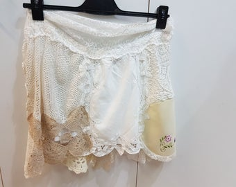 Doily skirt with lining
