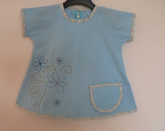 Little blue dress embroidered