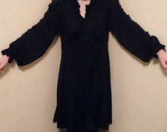 Little black dress junior girls hand made size 3 - 4 junior all polyester