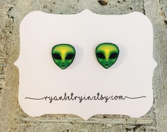Green Alien Stud Earrings - Alien Studs - Alien Accessories - Outer Space - Alien Jewelry - Alien Lover - Alien Gift - Grunge - 90s