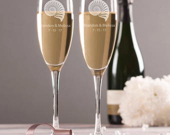 Personalized Toasting Glasses -   Beach Wedding Champagne Flutes - Custom Bride and Groom Glasses - Champagne Flutes - Destination Wedding