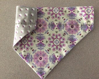 Charming floral print reversible over the collar bandana