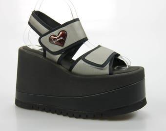 90's vintage Luichiny plateau Sandals size. 36