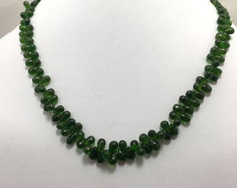 "Natural Chromediopside Smooth Side Drill Drops 3x5mm to 5x8mm 17"" 160 CtsBeaded Necklace !   Plain Drop Beads ! Chromediopside Beads"