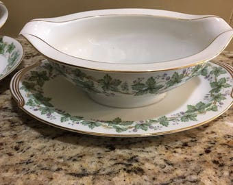 Noritake Madera Gold Trim Gravy Boat with attached Underplate