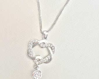 """925 Silver chain """"Intricate heart"""" with Czech crystal elements"""
