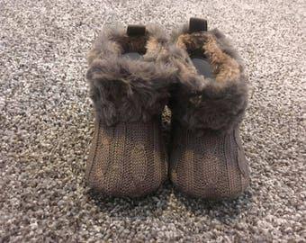0-6 Month Crochel/ Knit Fleece Boots
