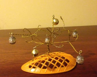 wire bell tree