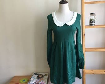 Vintage sweet Green Peter Pan collar dress, vintage skater dress, green short dress, M