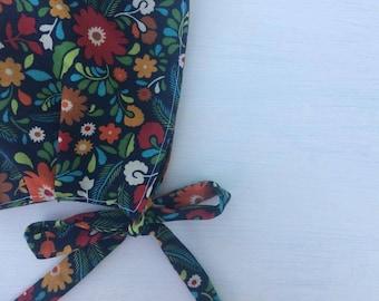 Gwendolyn -- Reversible Baby Bonnet