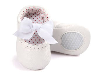 Baby Mary Jane; Genuine Leather Moccs; Baby girl shoes; Mary Jane shoes; Bow shoes