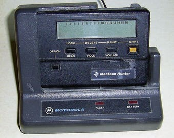 Vintage 1980s Motorola 143.535MHz Maclean Hunter Pager With Docking Charger