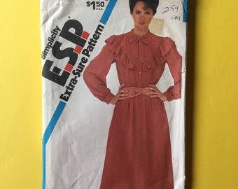 Vintage Pattern - Simplicity 5798 Extra-Sure Pattern Misses' Pullover Dress