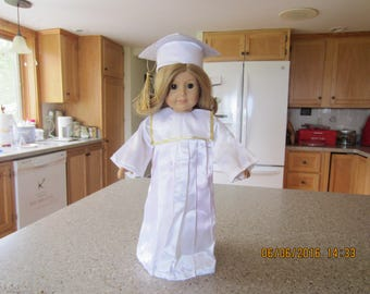 "18"" American Girl Doll ready for Graduation"