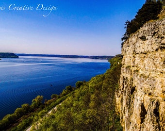 Bluffs on the Mississippi