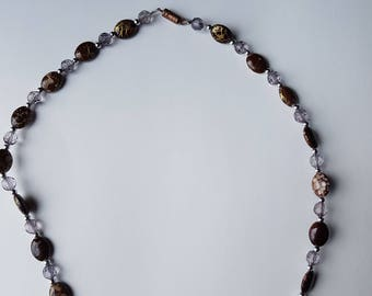Gold splash beaded necklace