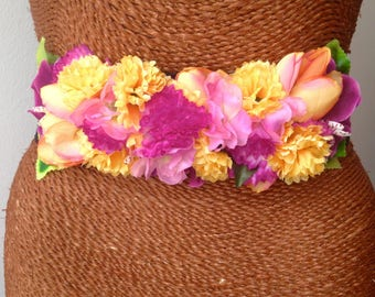 Flowers for party or cocktail belt