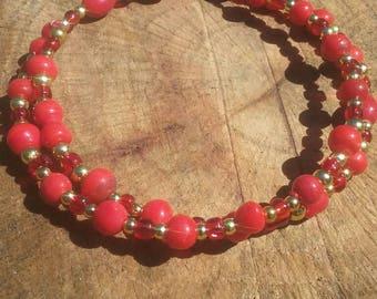 Boho hippy bracelet. Glass and plastic beads. 8 inch. Memory wire.
