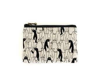 mini zipper pouch  - penguin mono