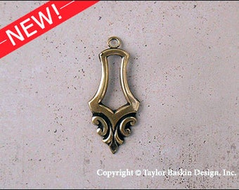 Antiqued Polished Brass Bohemian Victorian Art Nouveau Jewelry Earring or Pendant Jewelry Drop (item 1254 AG) - 6 Pieces