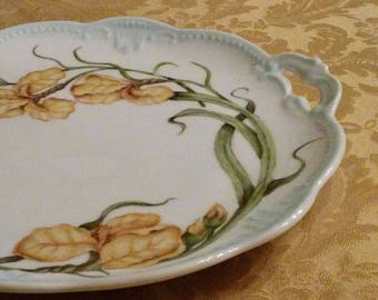 Round Handled Serving Tray Yellow Flag Flower Design