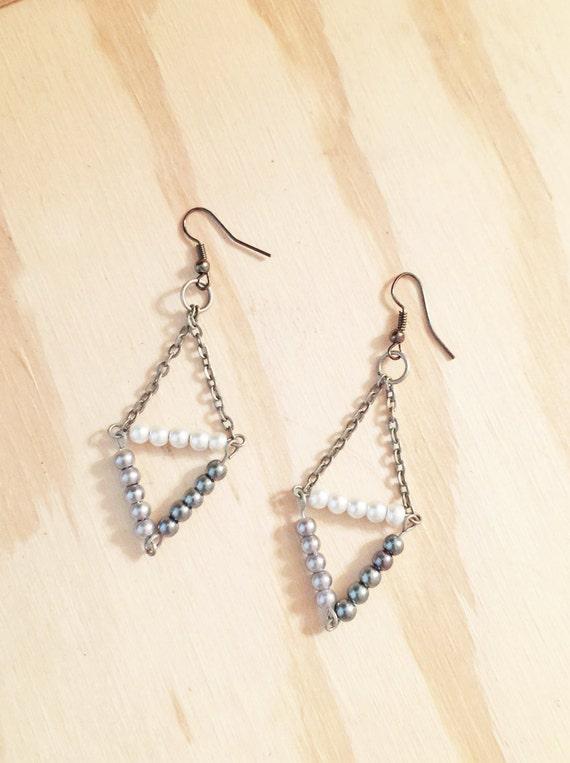 Triangle Pendant Earrings Pearl jewelry