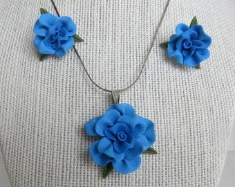 Blue Cold Porcelain Floral Necklace and Earring Set
