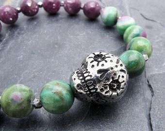 sugar skull bracelet, skull jewelry, skull bracelet, stacking bracelet, sugar skull jewelry, day of the dead bracelet, ruby in fuchsite,