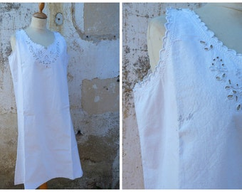 Vintage Antique 1900 /1910 Edwardian natural pure linen adorned with handmade embroiderys underdress  size S/M/L