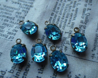 Swarovski Very Vintage D. S. and Co. Aquamarine 10x8mm Oval Brass Ox Glass Drops 4 Pcs