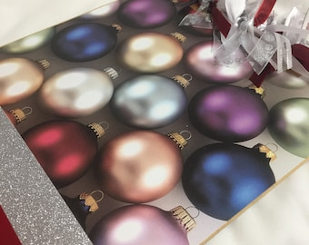 CHRISTMAS ORNAMENTS CLIPBOARD