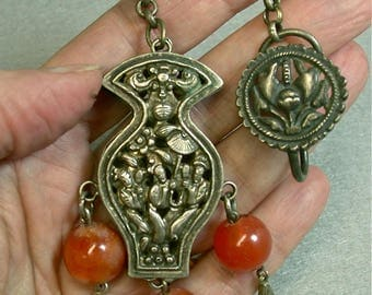 Antique Chinese Ornament Qing Dynasty Silver Amulet Carnelian Beads N6
