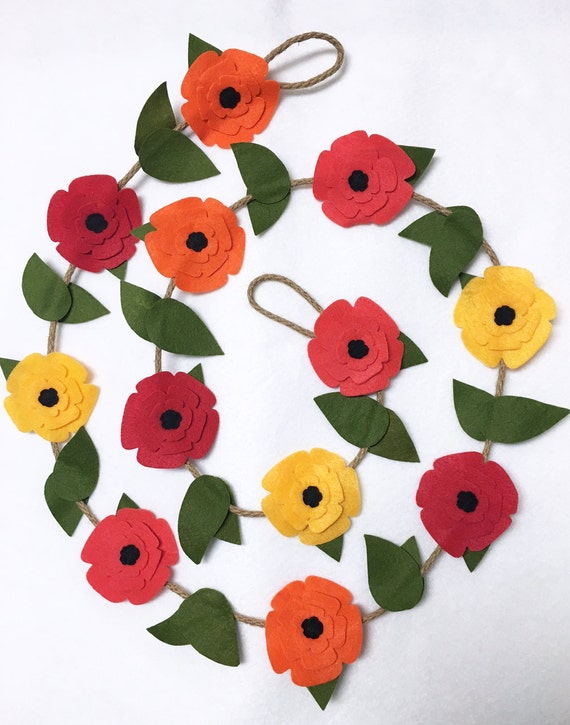 Flower Garland, Poppy Flowers, Felt Flower Garland, Rustic Twine, Room Decoration, Wedding, Party Decoration, Photo Prop