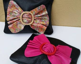 80s Bow clutch