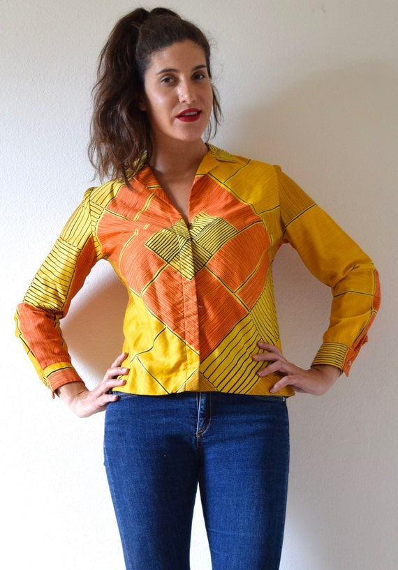 SUMMER SALE/ 30% off Vintage 60s 70s Vera Neumann Graphic Yellow and Orange MOD Long Sleeved Collared Polished Cotton Blouse (size small, me