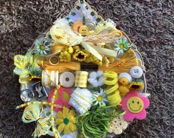 Yellow ---Inspiration Kit --