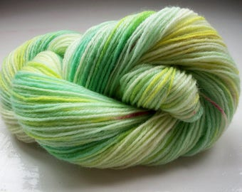 Sock yarn, hand dyed wool, hand painted, green, yellow 100g by SpinningStreak