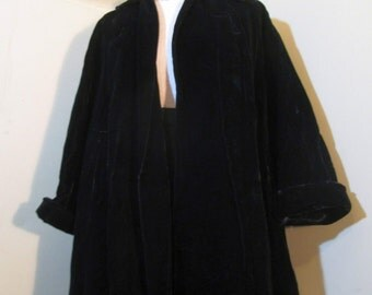 50s Black Velvet Coat vintage Black 50s clutch coat Black velvet coat Union made 50s open swing coat M/L