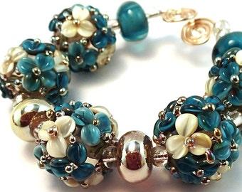 Gilded Denim Ivory Floral Bead Set