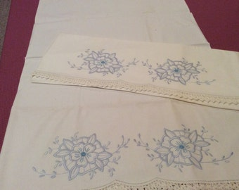 "Set of Vintage Embroidered Pillowcases Blue Flowers White Crochet Trim 21"" X 32""  P4"