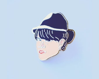 Lapel Pin Abbi Jacobson as alter-ego, Val from Hilarious Broadcity